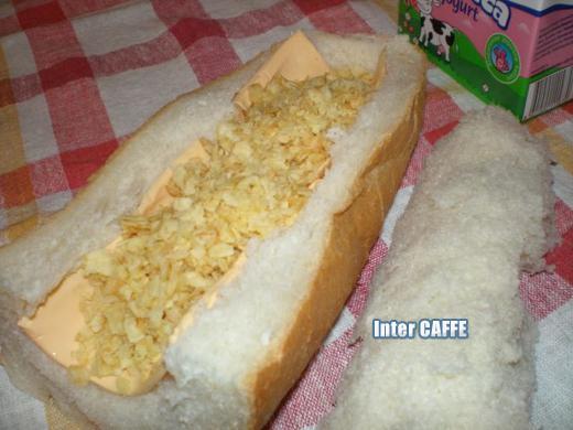 Sipati čips u hleb