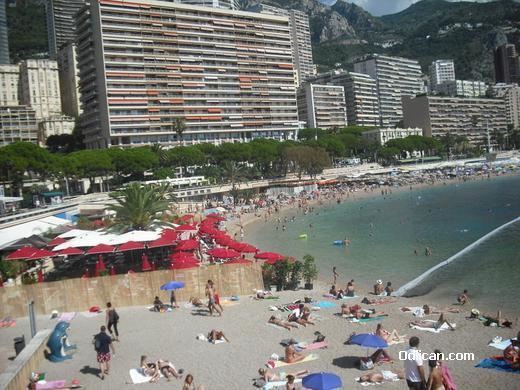 http://www.odlican.com/d/16285-3/Plaza+u+Monte+Karlu.JPG