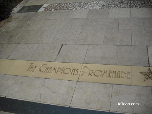 http://www.odlican.com/d/16289-3/The+champions+promenade.JPG