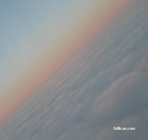 http://www.odlican.com/d/6529-5/glava_u_oblacima.JPG